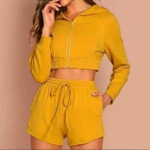 Crop hoodie & shorts set